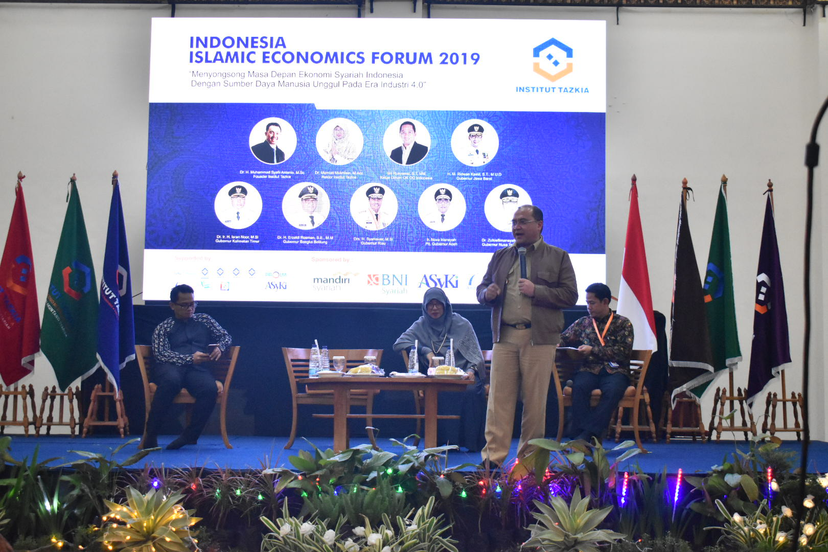 Institut Tazkia Gelar Special Student Dynamic Session X Indonesia Islamic Economics Forum 2019